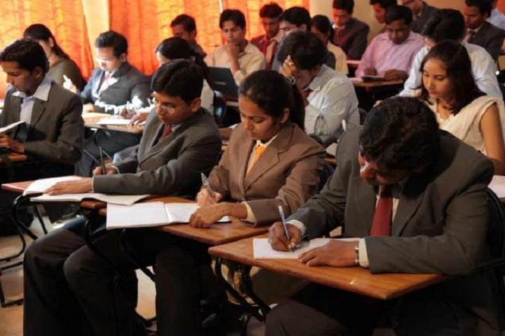 https://cache.careers360.mobi/media/colleges/social-media/media-gallery/5412/2018/7/25/AIMS-Institutes-Bangalore-Classroom1.jpg