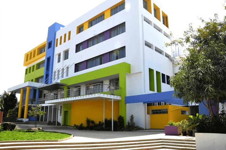 https://cache.careers360.mobi/media/colleges/social-media/media-gallery/5413/2018/7/13/Acharya-Bangalore-B-School-Bangalore01.jpg