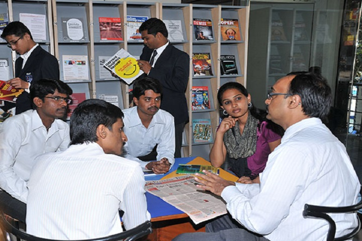 https://cache.careers360.mobi/media/colleges/social-media/media-gallery/5422/2018/11/5/Library of Institute of Business Management and Technology Bangalore_Library.png