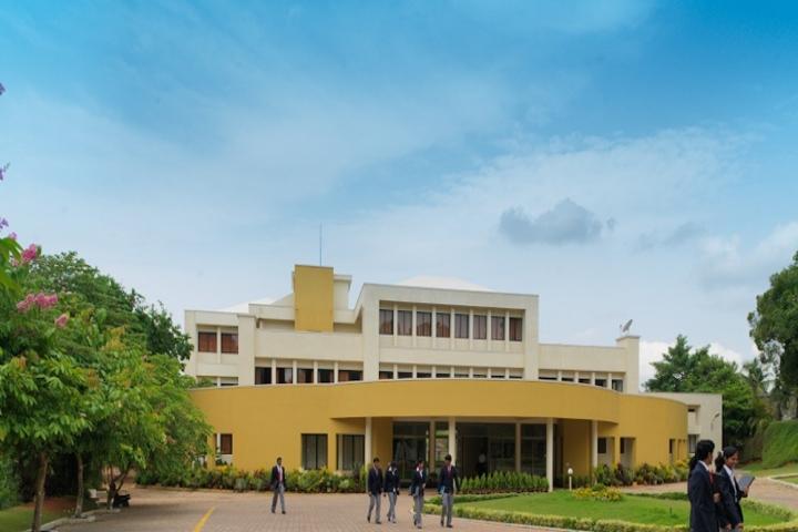 https://cache.careers360.mobi/media/colleges/social-media/media-gallery/5453/2018/7/18/Justice-KS-Hegde-Institute-of-Management-Udupi01.jpg