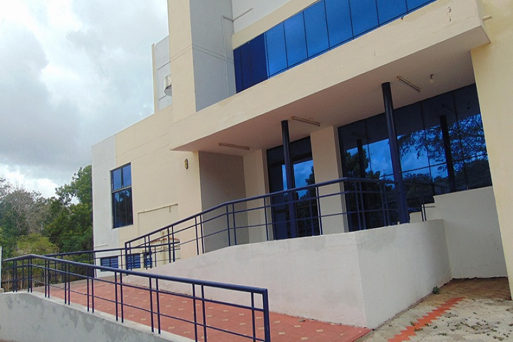 https://cache.careers360.mobi/media/colleges/social-media/media-gallery/5496/2019/1/18/Campus View of Alagappa Institute of Management Karaikudi_Campus-View.jpg