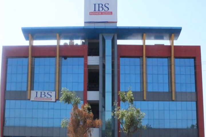https://cache.careers360.mobi/media/colleges/social-media/media-gallery/5516/2019/1/18/College Building View of IBS Business School Ahmedabad_Campus-View.png