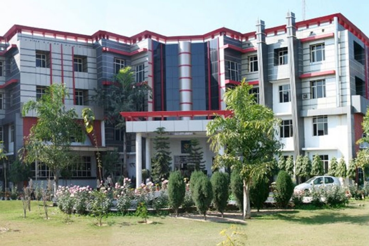 https://cache.careers360.mobi/media/colleges/social-media/media-gallery/5657/2018/11/6/Campus view of IIMT Management College Meerut_Campus-View.jpg