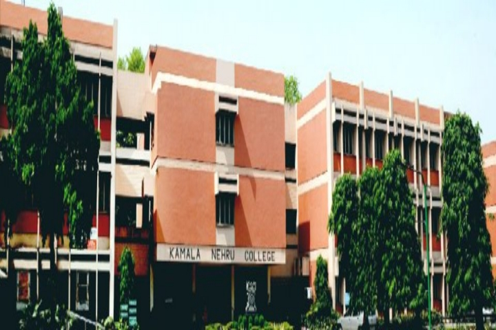 https://cache.careers360.mobi/media/colleges/social-media/media-gallery/5727/2018/9/18/Campus view of Kamala Nehru College Delhi_Campus-view.jpg
