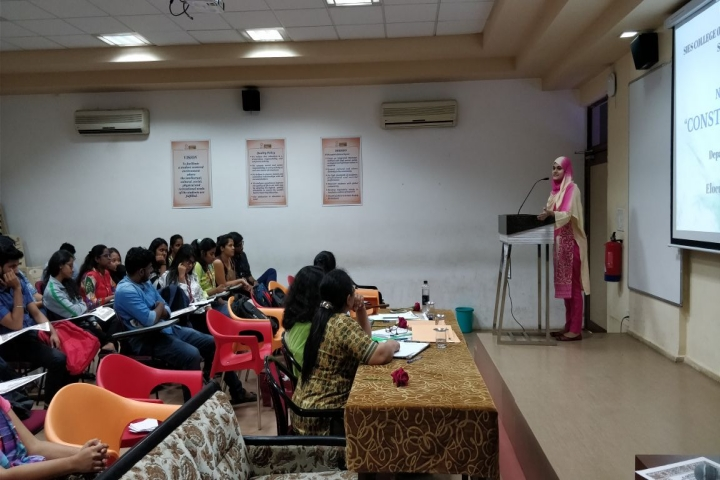 https://cache.careers360.mobi/media/colleges/social-media/media-gallery/5729/2018/9/18/Seminar Hall of SIES College of Arts Science and Commerce Mumbai_Auditorium.jpg