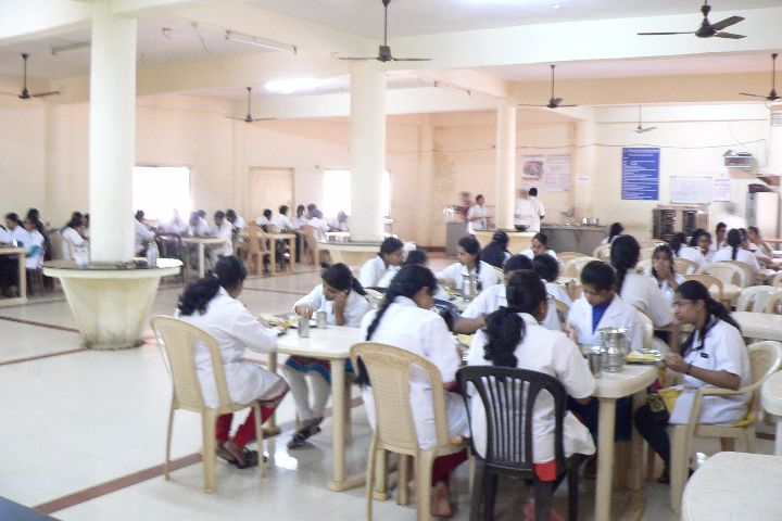 https://cache.careers360.mobi/media/colleges/social-media/media-gallery/5859/2017/12/11/Sri-Sai-College-of-Dental-Surgery-and-Hospital-Hyderabad17.jpg