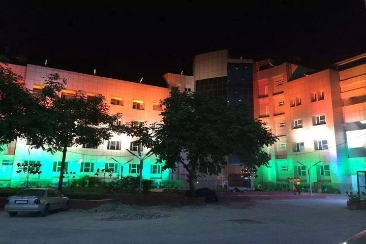 https://cache.careers360.mobi/media/colleges/social-media/media-gallery/5875/2017/5/16/University-college-of-Medial-Sciences-Delhi-(6).jpg