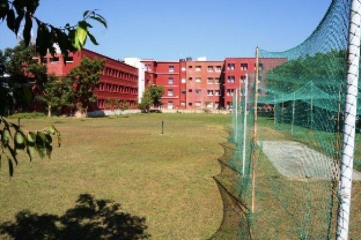 https://cache.careers360.mobi/media/colleges/social-media/media-gallery/5911/2017/11/15/Darshan-Dental-College-and-Hospital-Udaipur12.JPG