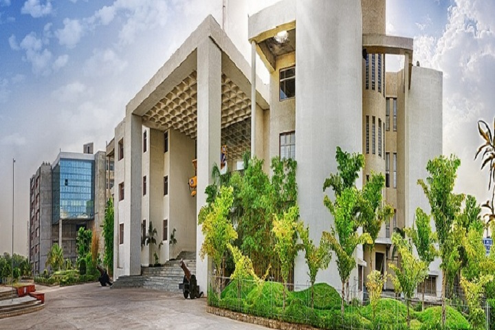 https://cache.careers360.mobi/media/colleges/social-media/media-gallery/601/2019/5/30/Campus view of Institute of Clinical Research India Ahmedabad_Campus-view.jpg