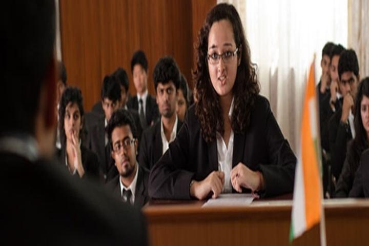 https://cache.careers360.mobi/media/colleges/social-media/media-gallery/6061/2018/5/5/Shri-Sivaji-Law-College-Kandhar1.jpg