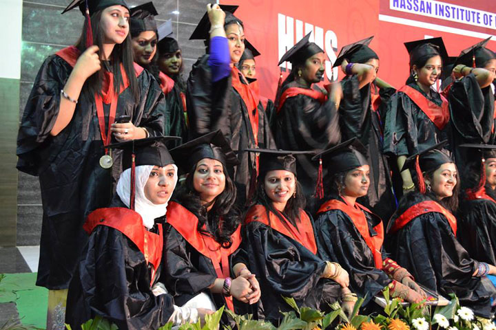 https://cache.careers360.mobi/media/colleges/social-media/media-gallery/6145/2017/10/26/46174-Hassan-Institute-of-Medical-Sciences-Hassan.jpg