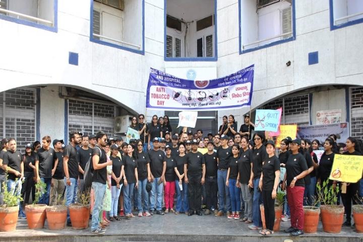 https://cache.careers360.mobi/media/colleges/social-media/media-gallery/6154/2017/10/30/ESIC-Dental-College-and-Hospital-Rohini-5.JPG