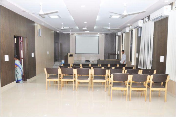 https://cache.careers360.mobi/media/colleges/social-media/media-gallery/6179/2017/10/26/Karnataka-Institute-of-Medical-Sciences-Hubli15.jpg