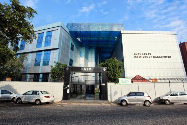 https://cache.careers360.mobi/media/colleges/social-media/media-gallery/6367/2018/11/16/Campus-View of Guru Nanak Institute of Management, New Delhi_Campus-View.jpg