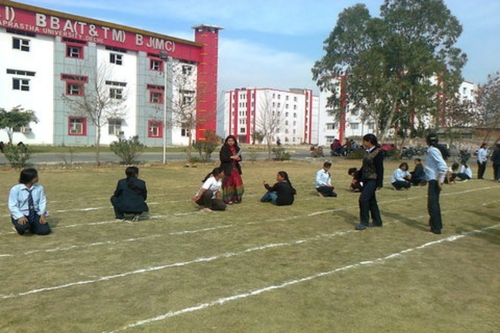 https://cache.careers360.mobi/media/colleges/social-media/media-gallery/6414/2018/11/13/Outdoor Games of BLS Institute of Technology Management Bahadurgarh_Sports.jpg