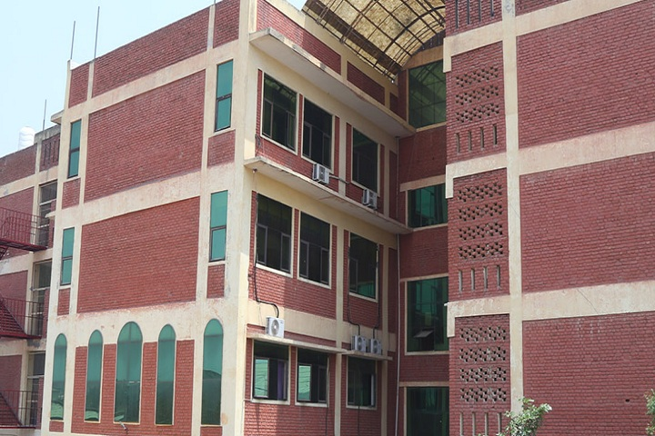 https://cache.careers360.mobi/media/colleges/social-media/media-gallery/6417/2020/9/21/Campus view of Delhi Institute of Rural Development, Nangli Poona Delhi_Campus-view.jpg