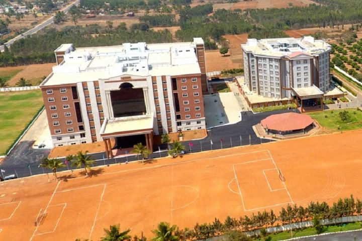 https://cache.careers360.mobi/media/colleges/social-media/media-gallery/6479/2018/11/12/Campus-View of GITAM School of Technology, Bengaluru_Campus-View.jpg