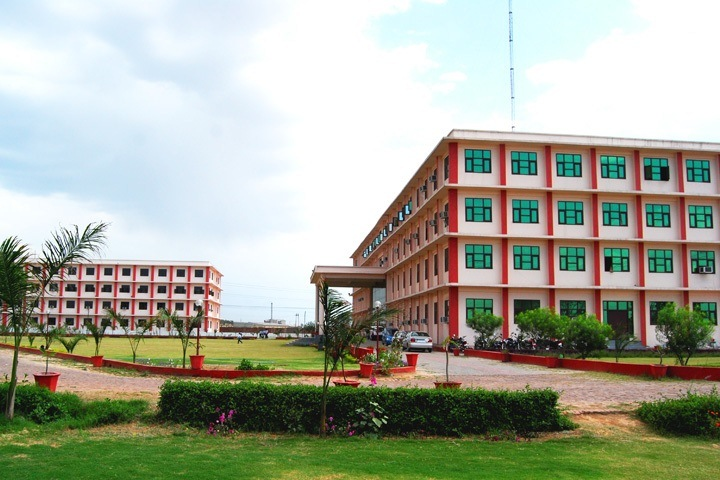 https://cache.careers360.mobi/media/colleges/social-media/media-gallery/6522/2018/12/19/Campus view of Sunderdeep College of Hotel Management Ghaziabad_Campus-view.jpg