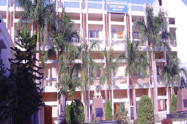 https://cache.careers360.mobi/media/colleges/social-media/media-gallery/6591/2020/7/25/College View of Raja Bahadur Venkata Rama Reddy Institute of Technology Hyderabad_Campus-View.jpg