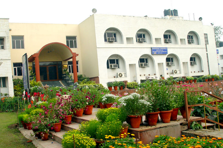 https://cache.careers360.mobi/media/colleges/social-media/media-gallery/6626/2020/7/25/Campus View of Banarsidas Chandiwala Institute of Information Technology New Delhi_Campus-View.png