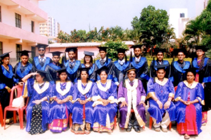 https://cache.careers360.mobi/media/colleges/social-media/media-gallery/6633/2020/7/23/Graduation Day of Bangalore City College Bangalore_Events.jpg