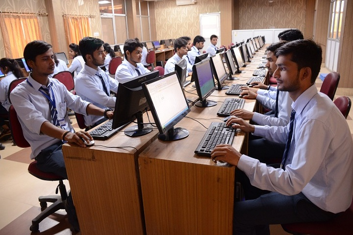 https://cache.careers360.mobi/media/colleges/social-media/media-gallery/6677/2019/3/5/Computer lab of Goel Institute of Pharmacy and Science Lucknow_IT-Lab.JPG