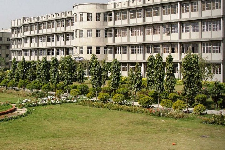 https://cache.careers360.mobi/media/colleges/social-media/media-gallery/6699/2019/4/4/College View of Ram eesh Institute of Vocational and Technical Education Greater Noida_Campus-View.JPG