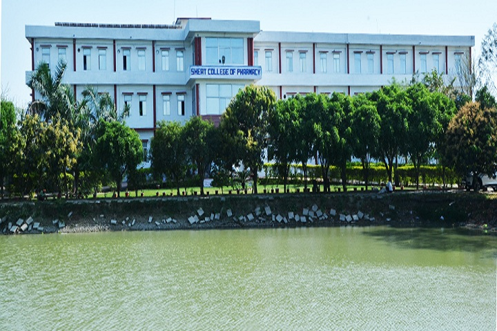 https://cache.careers360.mobi/media/colleges/social-media/media-gallery/6700/2018/10/1/Campus View of Saraswati Higher Education and Technical College of Pharmacy Varanasi_Campus-View.jpg