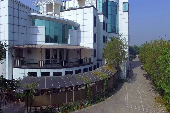 https://cache.careers360.mobi/media/colleges/social-media/media-gallery/673/2019/6/1/Campus over view of Sri Sharada Institute of Indian Management Research, New Delhi_Campus-View.jpg