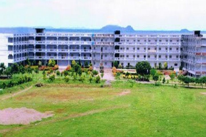 https://cache.careers360.mobi/media/colleges/social-media/media-gallery/6737/2020/5/19/Campus View of Sree Chaitanya PG College Karimnagar_Campus-View.png