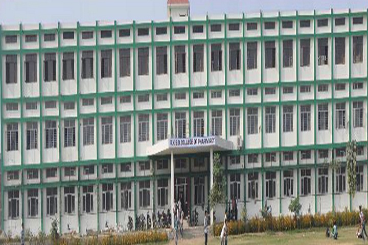https://cache.careers360.mobi/media/colleges/social-media/media-gallery/6749/2019/3/4/college building of RKSD College of Pharmacy Kaithal_campus-view.jpg