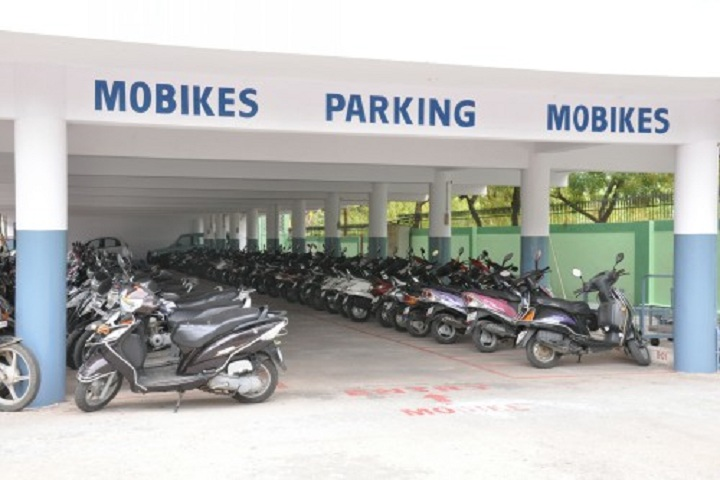 https://cache.careers360.mobi/media/colleges/social-media/media-gallery/6770/2018/10/26/Parking space of Bojjam Narasimhulu Pharmacy College Saidabad_Others.jpg