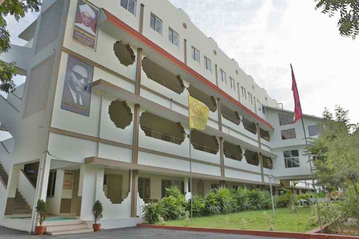 https://cache.careers360.mobi/media/colleges/social-media/media-gallery/6779/2019/2/11/Campus view of Chalapathi Institute of Pharmaceutical Sciences Guntur_Campus-view.jpg