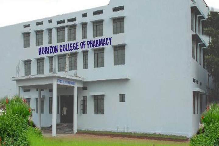 https://cache.careers360.mobi/media/colleges/social-media/media-gallery/6799/2018/10/30/Campus View of Horizon College of Pharmacy Keesara_Campus-View.JPG