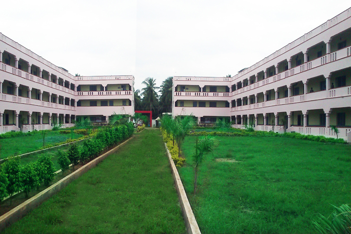 https://cache.careers360.mobi/media/colleges/social-media/media-gallery/6807/2019/1/12/Campus View of Koringa College of Pharmacy Korangi_Campus View.jpg