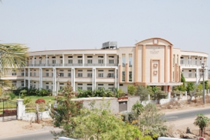 https://cache.careers360.mobi/media/colleges/social-media/media-gallery/6818/2020/5/22/College Building View of KVK College of Pharmacy Hyderabad_Campus-View.jpg