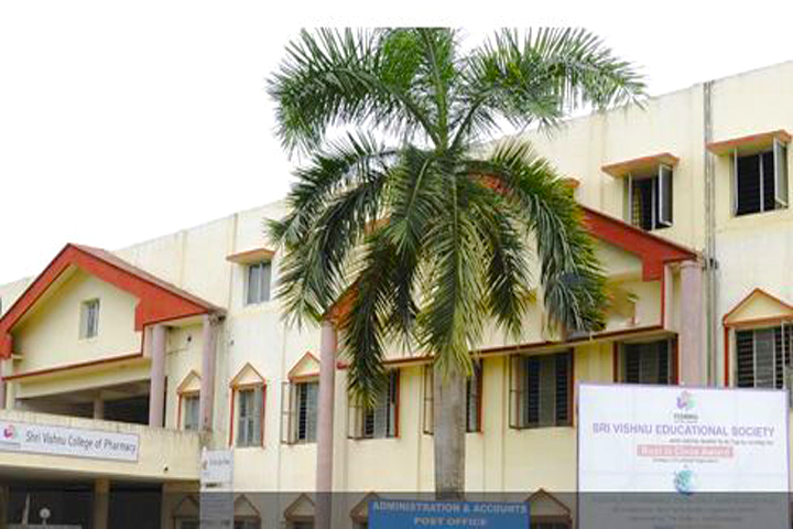 https://cache.careers360.mobi/media/colleges/social-media/media-gallery/6868/2019/3/12/Campus View of Shri Vishnu College of Pharmacy Bhimavaram_Campus-view.jpg