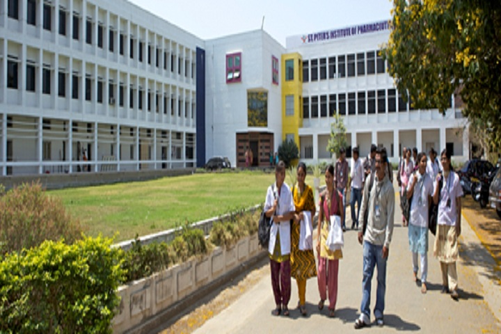https://cache.careers360.mobi/media/colleges/social-media/media-gallery/6888/2019/3/6/College View of St Peters Institute of Pharmaceutical Sciences Hanamkonda_Campus-View.jpg