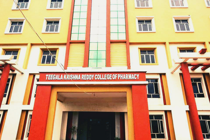 https://cache.careers360.mobi/media/colleges/social-media/media-gallery/6904/2019/2/25/Campus View of Teegala Krishna Reddy College of Pharmacy Hyderabad_Campus-view.jpg