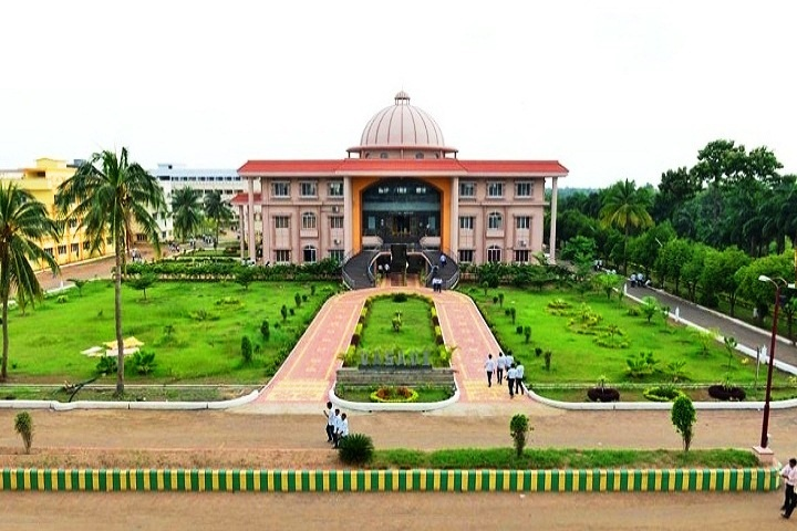 https://cache.careers360.mobi/media/colleges/social-media/media-gallery/6933/2018/9/20/Campus view of Sri Vasavi Institute of Pharmaceutical Sciences_Campus-View.jpg