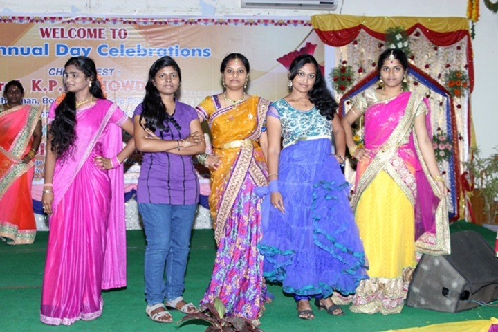 https://cache.careers360.mobi/media/colleges/social-media/media-gallery/6935/2018/9/20/Events of V V Institute of Pharmaceutical Sciences Gudlavalleru_Events.jpg
