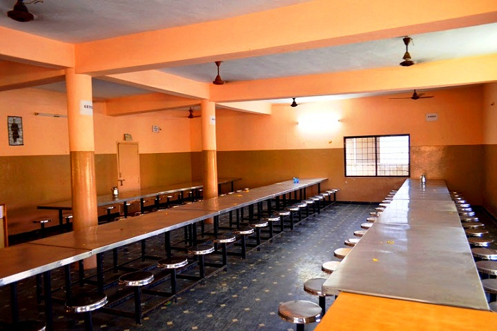 https://cache.careers360.mobi/media/colleges/social-media/media-gallery/6937/2016/10/18/Yalamarty-Bachelor-of-Pharmacy-College-Visakhapatnam-L-(15).JPG