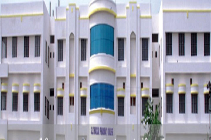 https://cache.careers360.mobi/media/colleges/social-media/media-gallery/6981/2019/4/4/Campus View Of SJ Thakkar Pharmacy College Rajkot_Campus-View.jpg