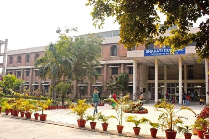 https://cache.careers360.mobi/media/colleges/social-media/media-gallery/7076/2020/7/23/Campus View of Bharati College New Delhi_Campus-View.jpg