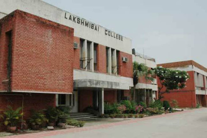 https://cache.careers360.mobi/media/colleges/social-media/media-gallery/7086/2019/2/16/Campus view of  Lakshmibai College Delhi_Campus-View.jpg