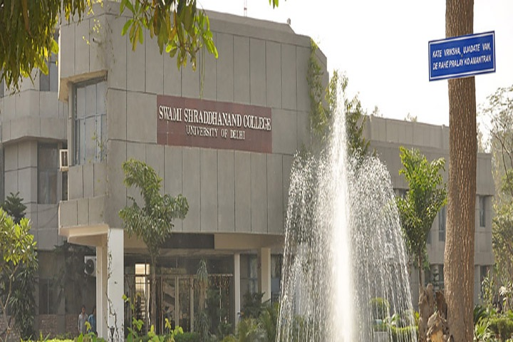 https://cache.careers360.mobi/media/colleges/social-media/media-gallery/7099/2019/1/11/Campus front view of Swami Shraddhanand College Delhi_Campus-view.jpg