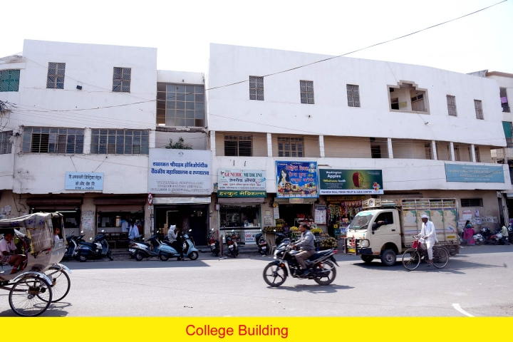 https://cache.careers360.mobi/media/colleges/social-media/media-gallery/7102/2019/1/9/Campus View of Takhatmal Shrivallabh Homoeopathic Medical College and Hospital, Amravati_Campus View.jpg