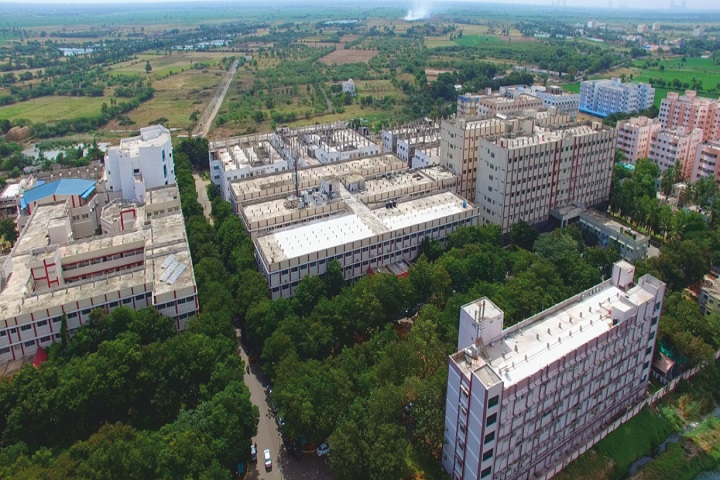 https://cache.careers360.mobi/media/colleges/social-media/media-gallery/7166/2020/12/9/Campus view of Narayana Medical College and Hospital Chinthareddypalem_Campus-View.jpg