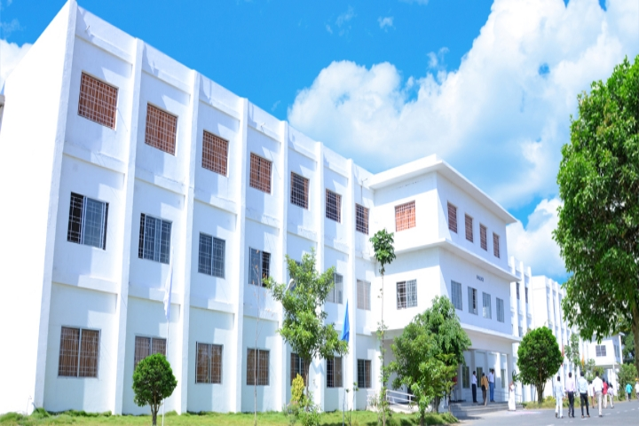 https://cache.careers360.mobi/media/colleges/social-media/media-gallery/7225/2019/6/3/Campus View of Asian College of Engineering and Technology, Coimbatore_Campus-View.jpg