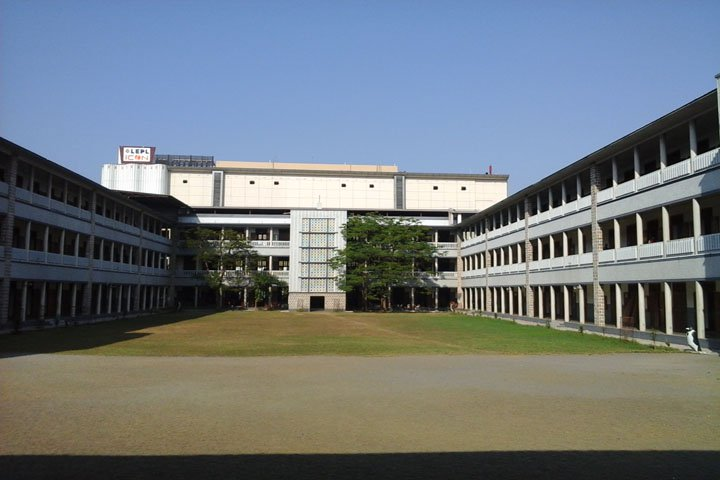 https://cache.careers360.mobi/media/colleges/social-media/media-gallery/7327/2019/3/6/Complete Campus view of Maris Stella College Vijayawada_Campus-view_1.jpg